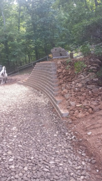 Bellinger Keystone Retaining Wall (1)