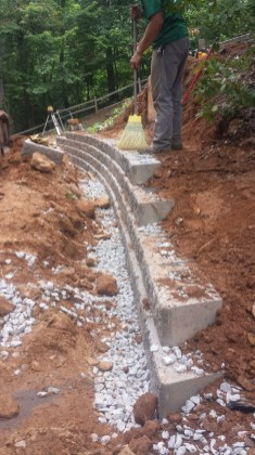 Bellinger Keystone Retaining Wall (17)