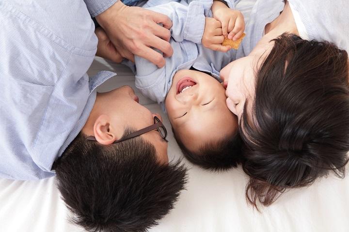 Symbolbild Ein Bett für alle – der Trend geht zum Familienbett © Bildagentur PantherMedia ryanking999