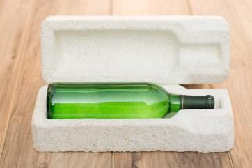 Flaschen sicher verpacken. (Foto: Ecovative Design)