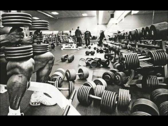 10 Gym Etiquette Rules That People Often Break