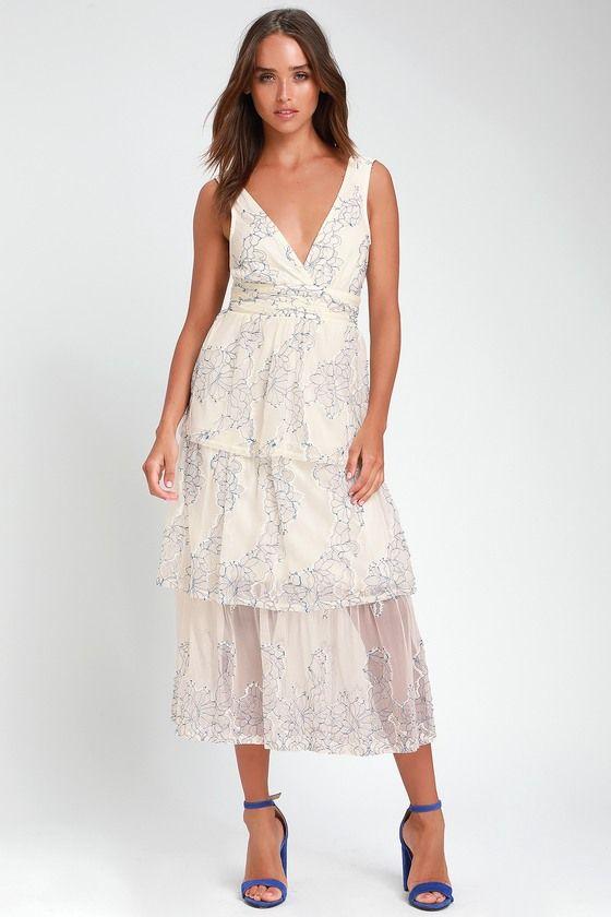 Viviana blue and white embroideres lace midi dress