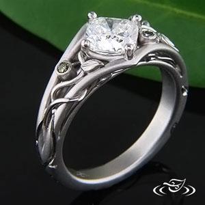 PLATINUM SPLIT SHANK FABRICATED DIAMOND VINE RING