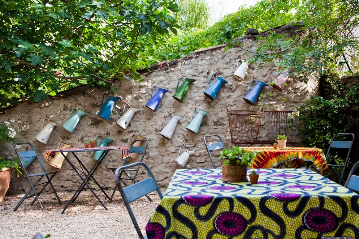 Petit-déj' en terrasse. © Elodie Rothan