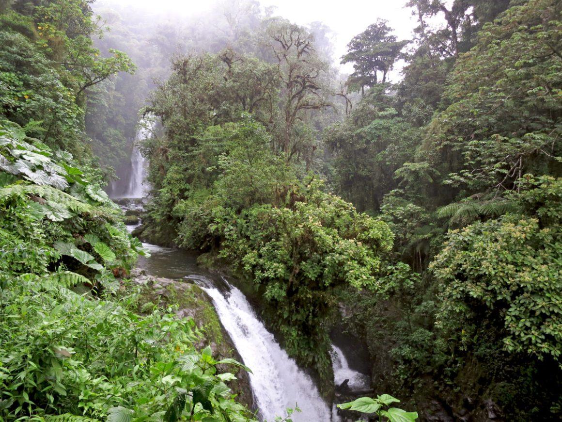 Parc National du volcan Poás au Costa Rica