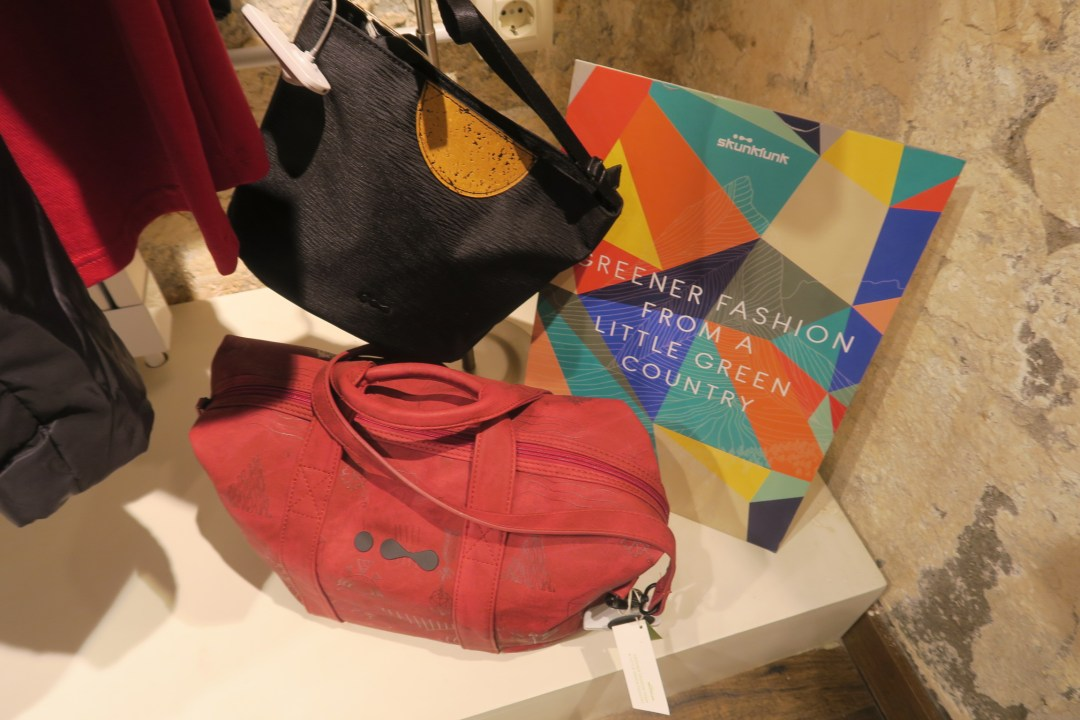 Sustainable fashion tour Barcelona in the Gracia district- Skunk Funk