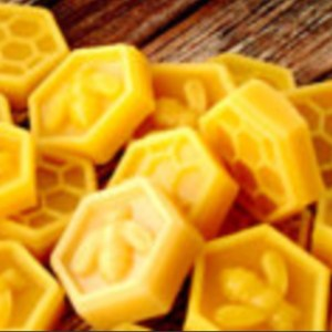 Large Beeswax Melts