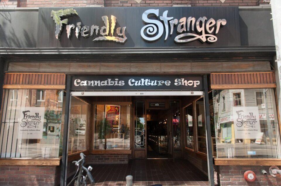 friendly-stranger.jpg?fit=960%2C637&ssl=1
