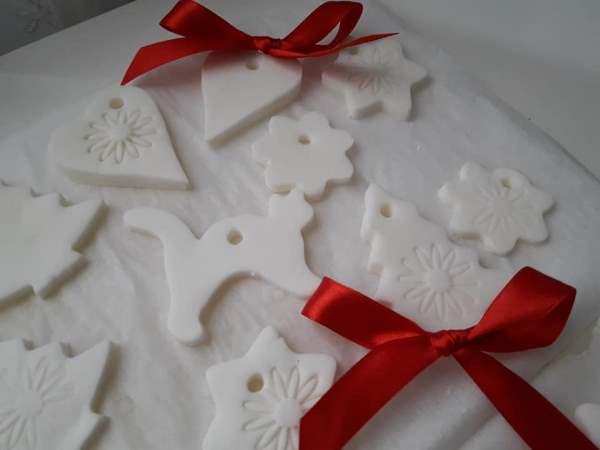 La ricetta perfetta per le decorazioni di natale. Pasta Al Bicarbonato La Ricetta Perfetta Con Soli 3 Ingredienti Greenme