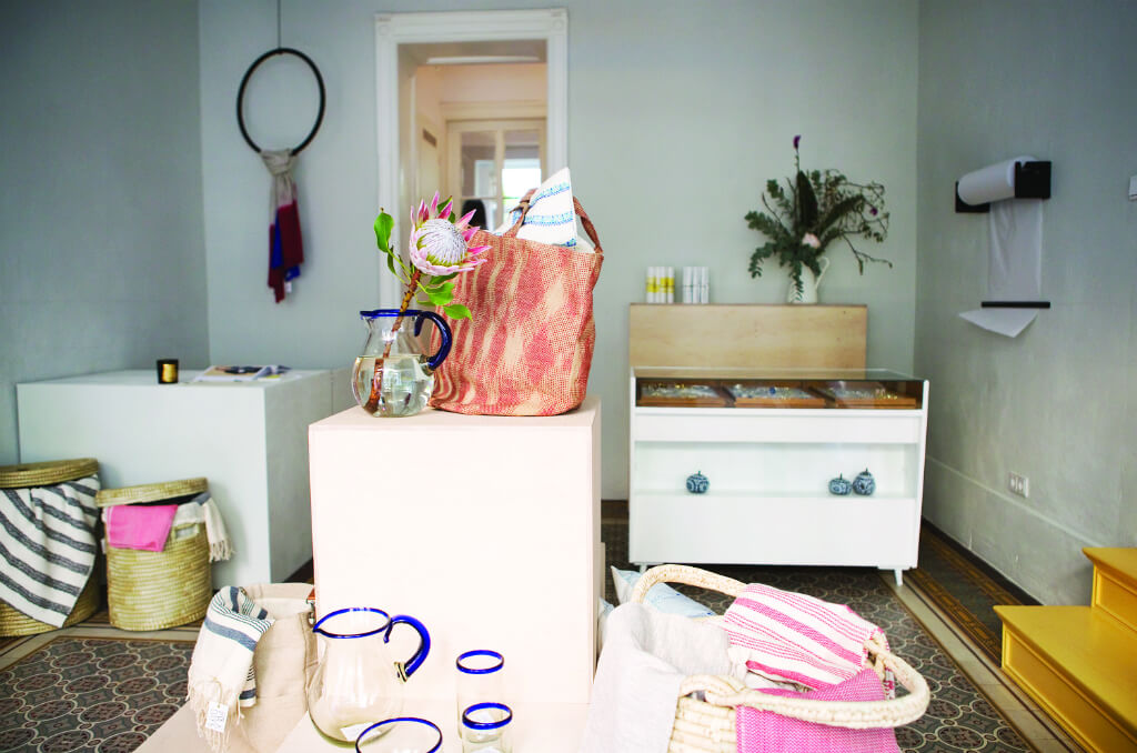Ethical Fashion Berlin - FOLKDAYS Store, Kreuzberg, photo Zoe Spawton | GreenMe Berlin