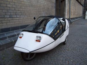 TWIKE - Plug-In Human Hybrid Electric Vehicle