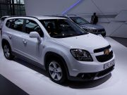 Chevrolet Orlando, if Modified Heavily, Could Compete with Toyota Prius v and Ford C-Max