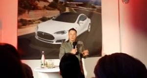 "Elon Musk Calls ""Bull5h17!"" on Hydrogen Fuel Cell"