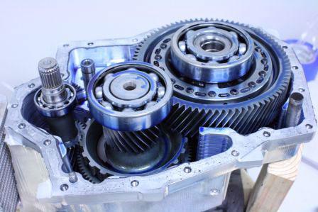 Single-speed electric vehicle transmission by Borg Warner for the original Tesla Roadster.