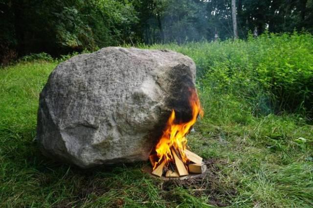 wifi-fire-router-rock