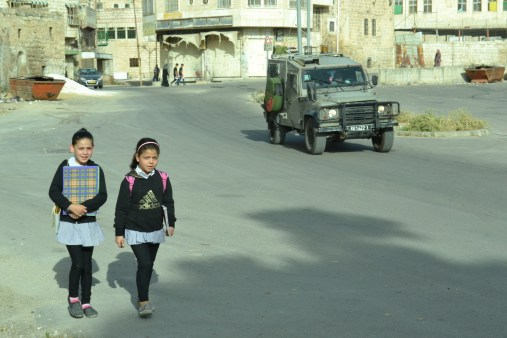 Kids and soldiers in occupied Hebron (David Kattenburg)