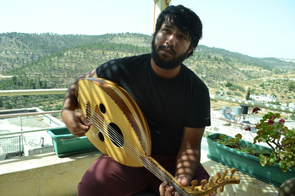 Oud player above Battir Valley (David Kattenburg)