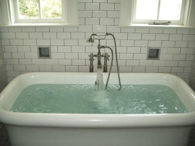 What Uses More Water Shower Or Bath NJ Plumbing Repair