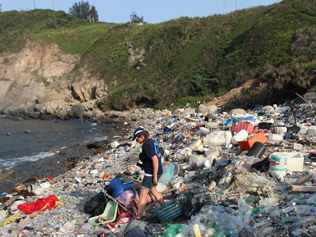 Hong Kong Poisoning Its Own Seas As Plastic Pollution Soars
