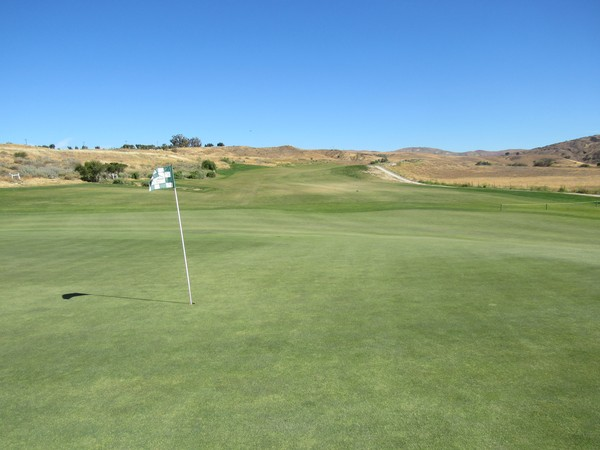 Rustic Canyon Golf Course Moorpark California. Hole 16, par 4