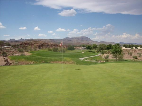 Cerbat Cliffs Golf Course Kingman Arizona. Hole 16 View Green-side