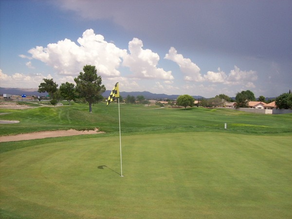 Cerbat Cliffs Golf Course Kingman Arizona. Hole 12 Green-side
