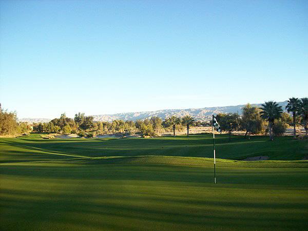 Marriott's Shadow Ridge Resort Palm Desert California. Hole 3 Green-side