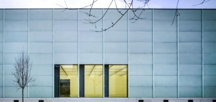 Coveringsetc bio-glass facade