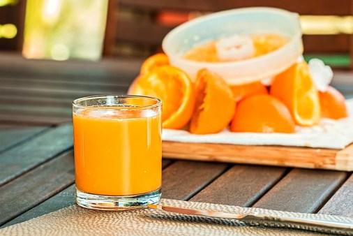 petit déjeuner jus de fruit