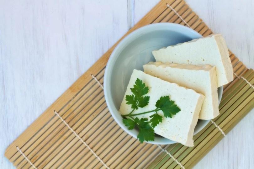 cuisiner le tofu dans des recettes salées