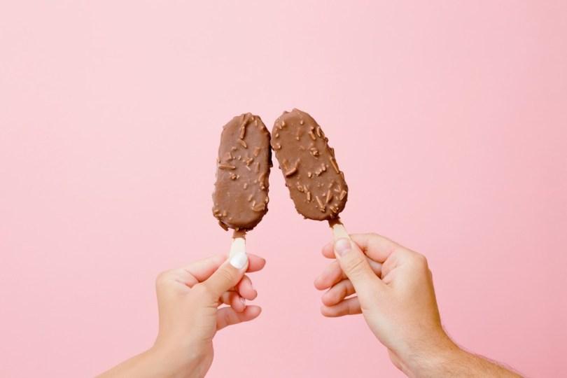 Aliments les plus caloriques : barres chocolatées glacées