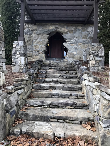 Front Steps to Indian Cave Lodge