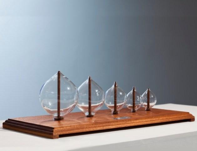 listening_glasses_installation_a