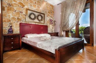 greek_master_bedroom_thumb