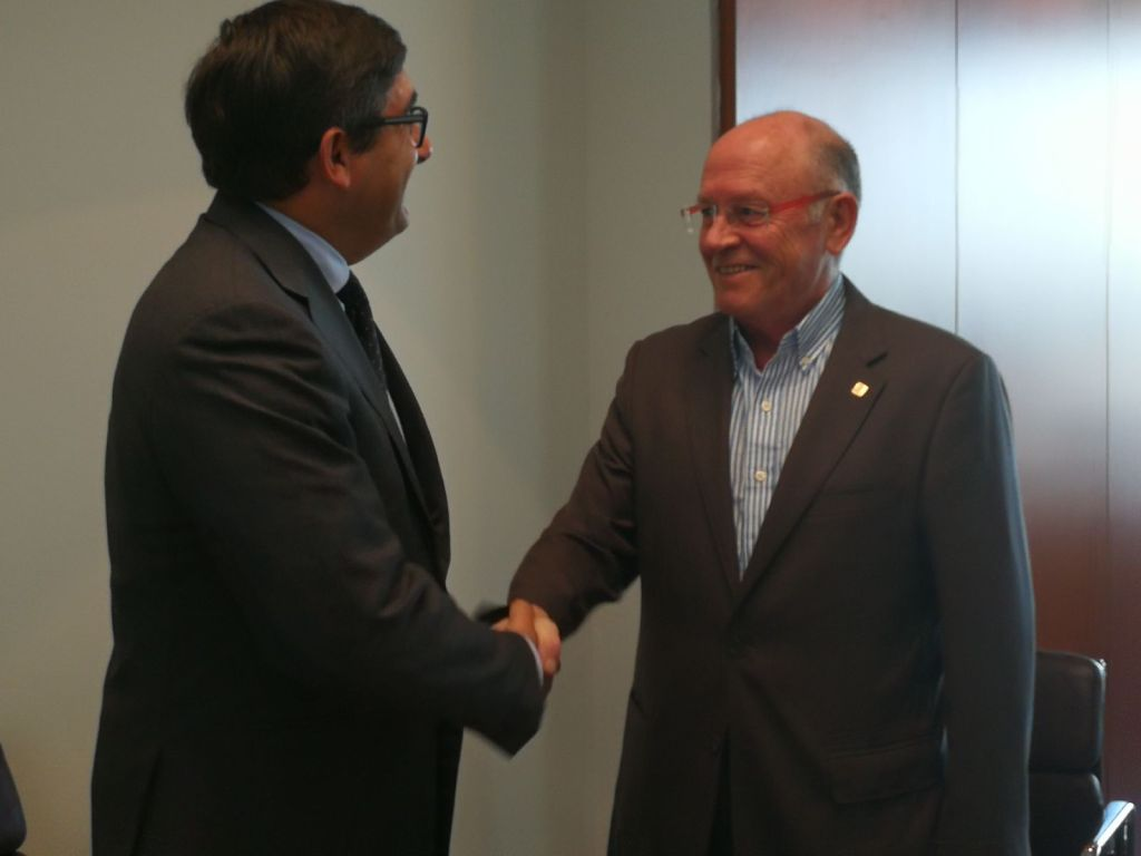 BBVA i FIHR acorden impulsar el sector hostaler i turístic