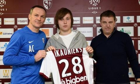 Janvier 2015, Ikaunieks signe... la fin de sa carrière.