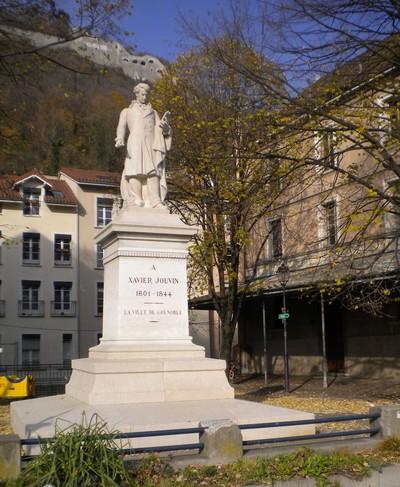 Place Xavier Jouvin Grenoble