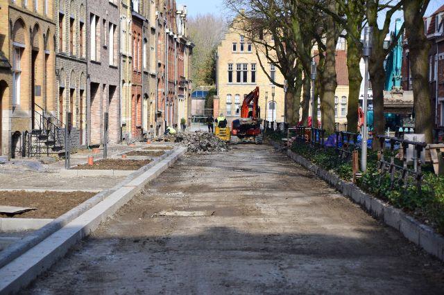 Zijn er werken in je straat of heb je al langer zin in een geveltuintje? De stad kan je helpen