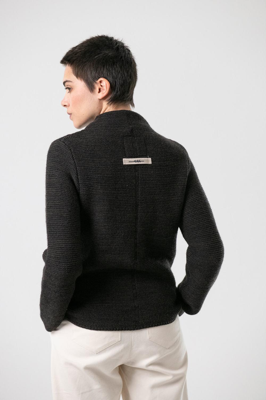 Strickjacke Elly von Grenzgang Slow Organic Fashion