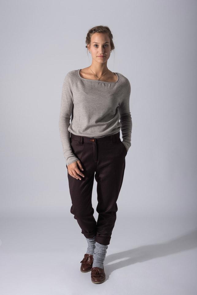 Chinohose Marlenelana von Grenzgang Slow Organic Fashion