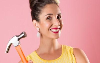 #126 Julia Anastasopoulos – Creating Suzelle DIY