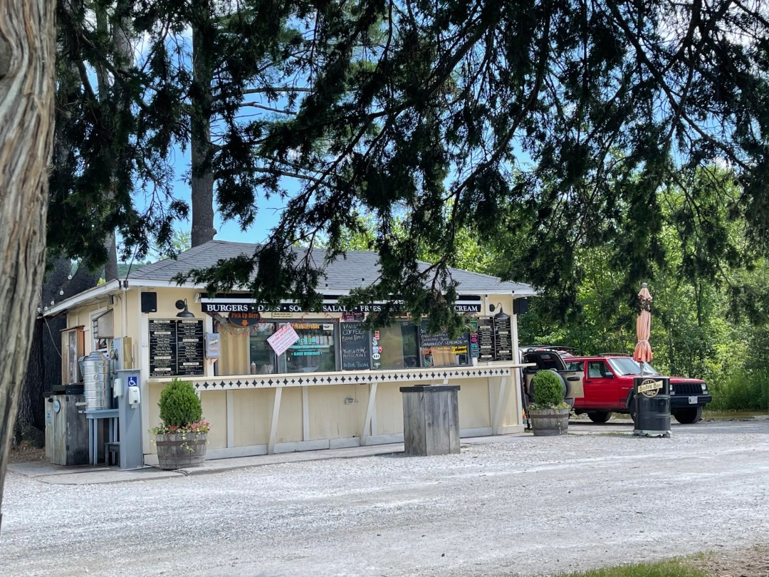 Photo of the roadside eatery, The Bistro Box; photo by Isabel Costa.