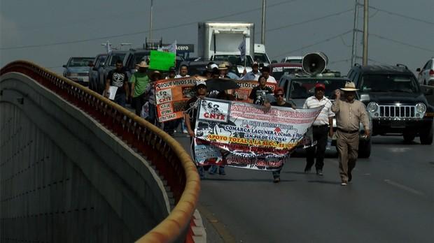 Marcha de maestros de La Llaguna