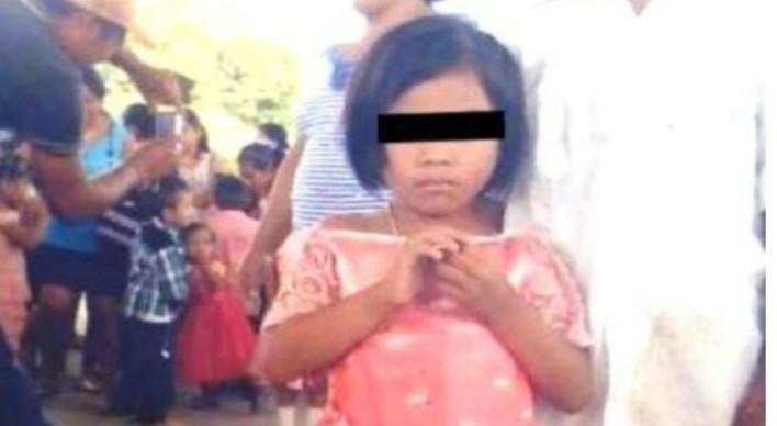 Marchan en contra de los feminicidios en Yucatán