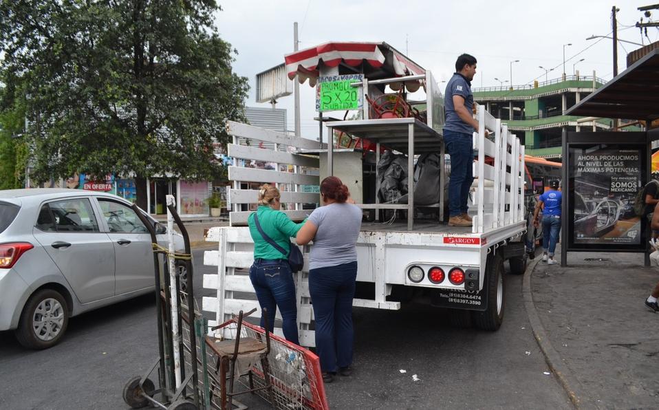 """Piden a Monterrey continuar con """"limpia"""" de informales (Nuevo León)"""