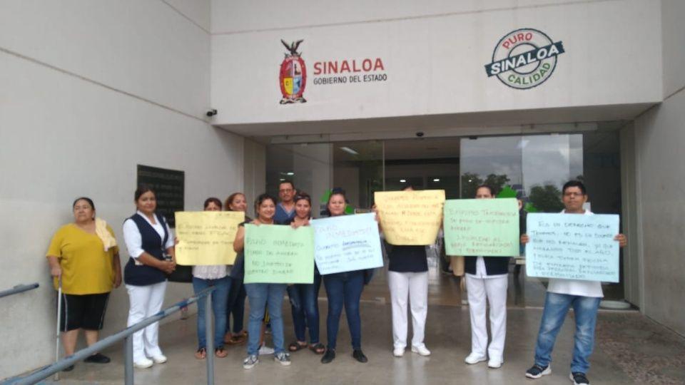 Trabajadores se manifiestan en el Hospital General de Los Mochis (Sinaloa)