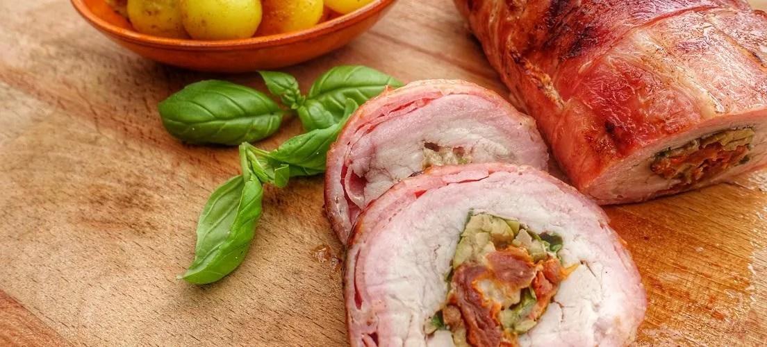 gevulde varkenshaas in bacon