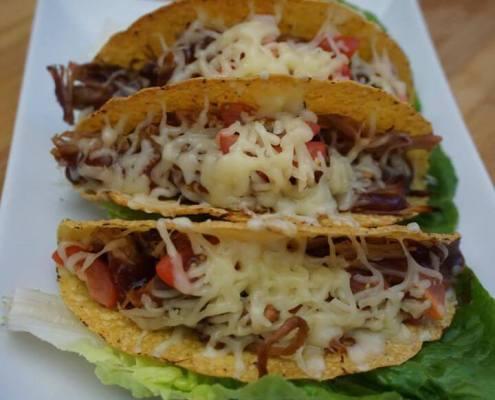 Pulled Pork Tacos überbacken mit Käse
