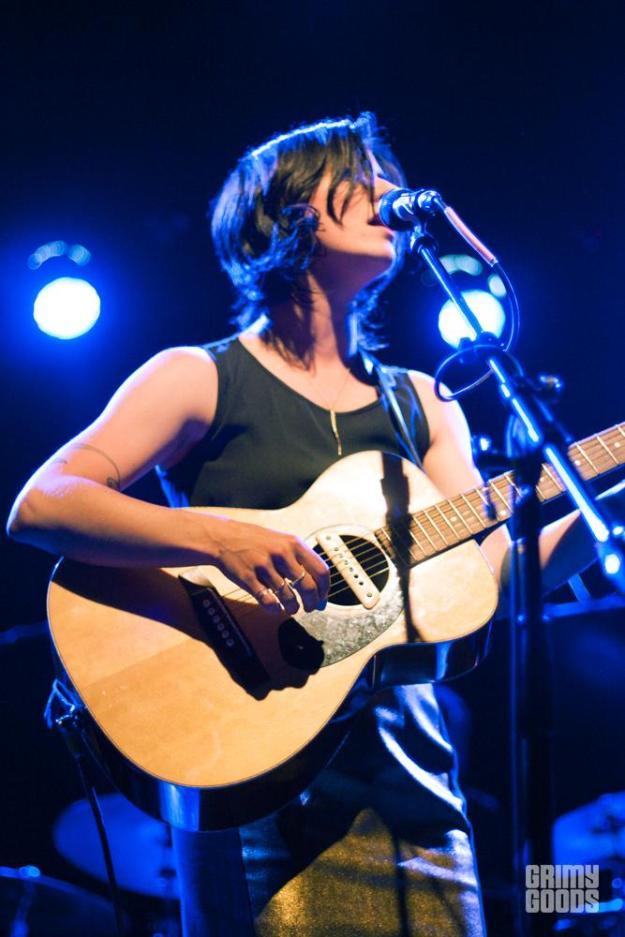 Sharon Van Etten live photos