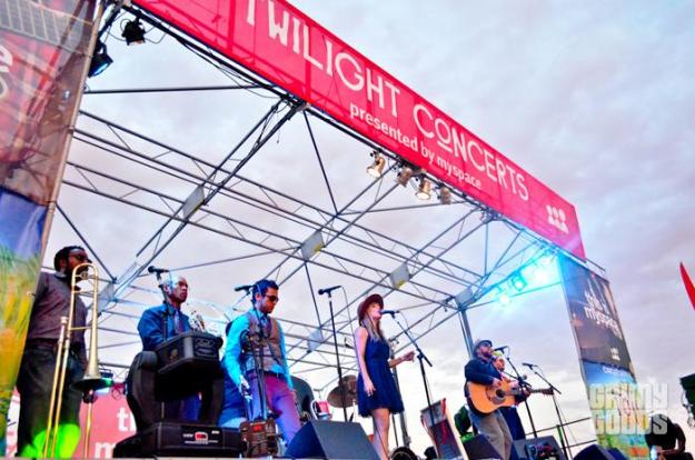 photos twilight concerts santa monica pier